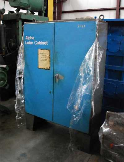 Double Cut Flying Cut-Off 3431 - Lube Cabinet